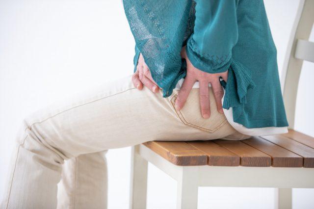 股関節痛の写真